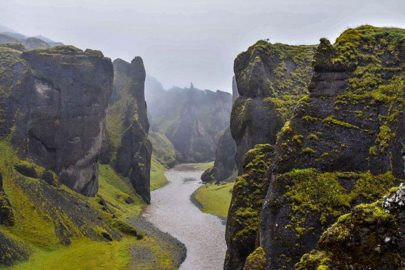 Fjaðrárgljúfur Canyons